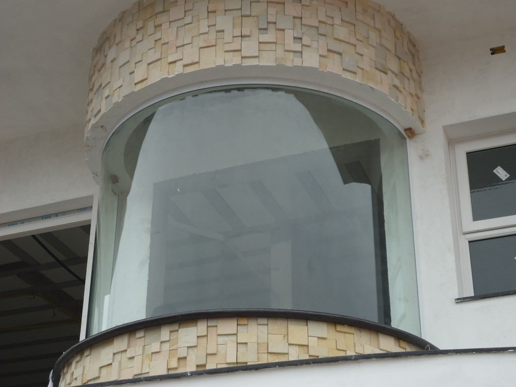 Vidro Curvo em vidro Laminado instalado