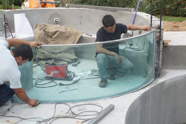 visor piscina em vidro curvo AJ81